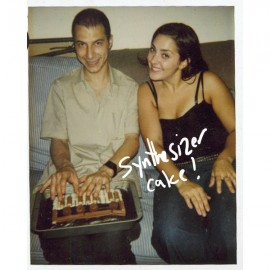 LEVON VINCENT***THE SYNTHESIZER CAKE EP